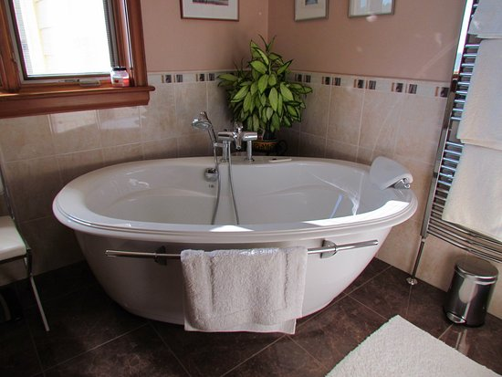 Stratford, Kanada: A luxurious bathroom