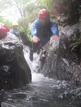 Cockermouth, UK: Diving into a deep pool