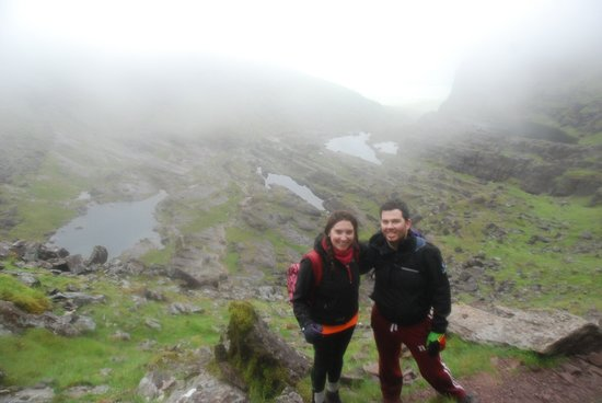 Beaufort, Irlanda: Yvonne & James Mt Brandon 2016 - with The Lodge and Reeks Guiding Company