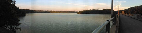 Burkesville, KY : Dale Hollow Lake