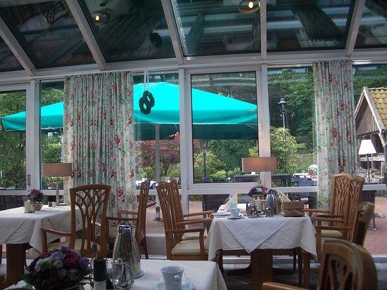 Dötlingen, Duitsland: One of several dining areas