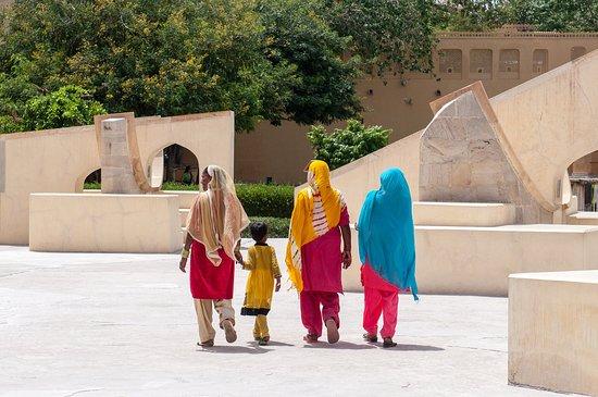 Jantar Mantar - Jaipur: Jantar Mantar visitors