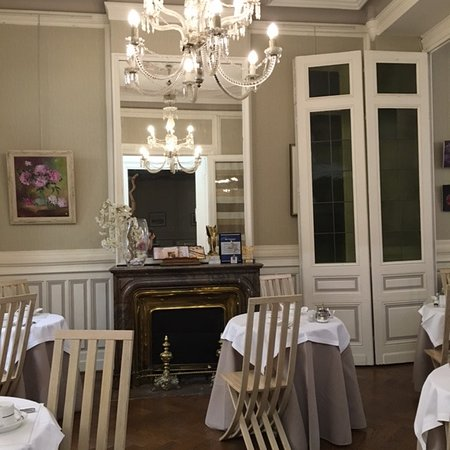 BEST WESTERN Grand Hotel Francais: Breakfast room