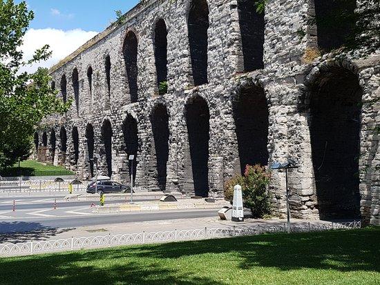 Valens Aqueduct - Изображение Valens Aqueduct (Bozdogan ...
