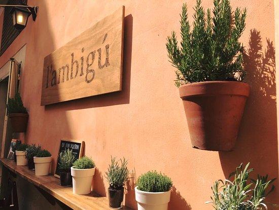 l'ambigú: El Ambigú es otra historia.