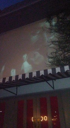 Hotel Havana: Outdoor movie