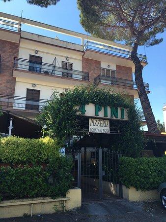 Hotel 4 Pini: photo0.jpg