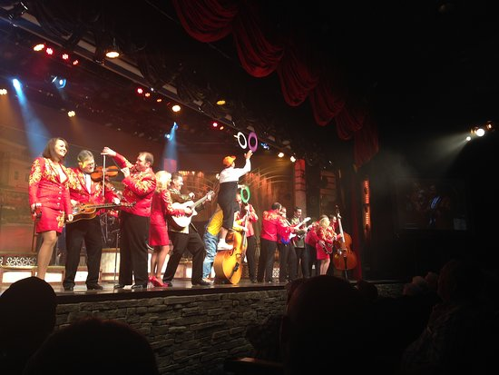 Presley's Country Jubilee: The Entire Cast Of Presley's