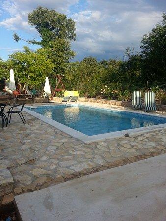 Njivice, Croacia: Pool