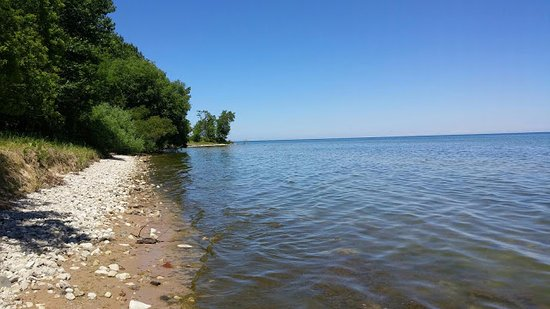 Belgium, WI: Hiked south, around the point
