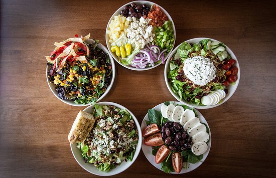 Saint Marys, Ohio: Choose from a variety of salads!