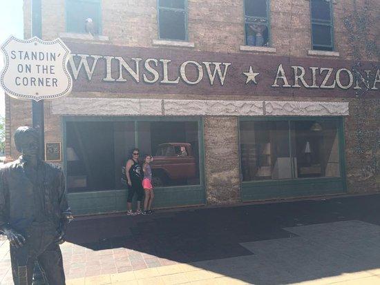 Уинслоу, Аризона: My Lord it a girl