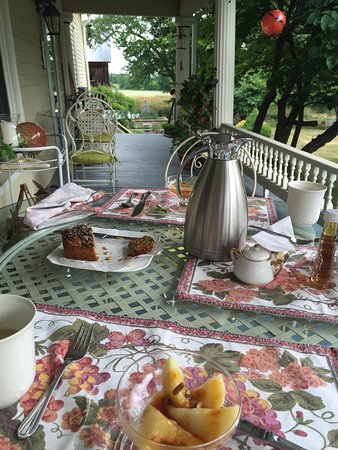 A Stone's Throw Bed and Breakfast: photo3.jpg