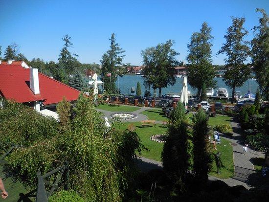 Hotel Amax : Blick auf den Garten von oben