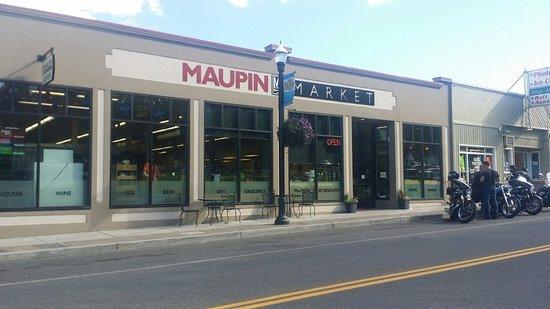 Maupin, Oregon: Maupin Market