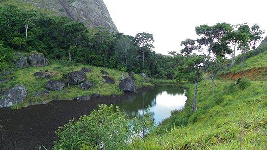 Nova Venécia, ES: Lago no caminho