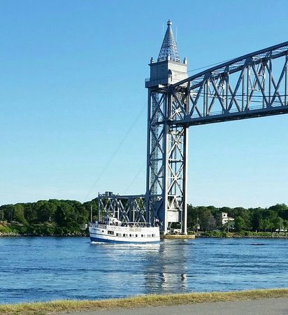 Onset, MA: 4pm.canal cruise.