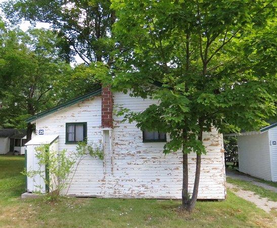 Tilton, NH: Back of cabin