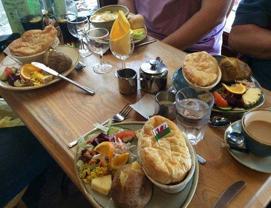 Tintern, UK: Lunch