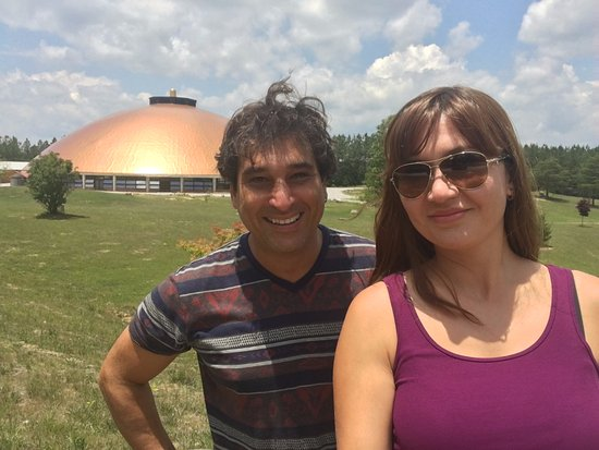McMinnville, Теннесси: The Temple at ISHA USA