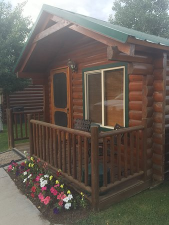 Bryce Canyon Country Cabins: Our Cabin, we loved it!!