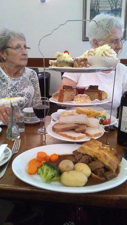 Callander, UK: High tea