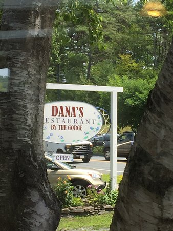 Dana's by the Gorge: photo0.jpg