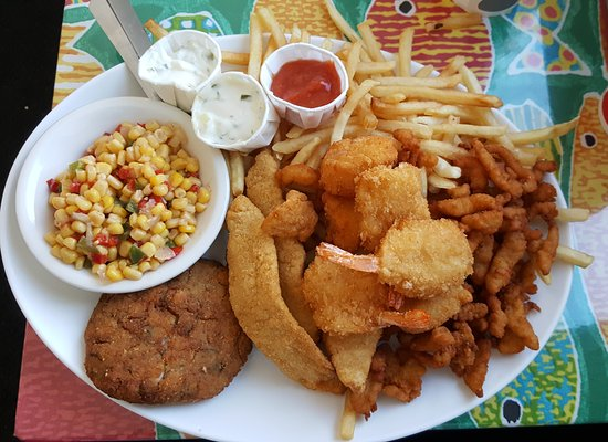 Smitty's Clam Bar: Fried Combo