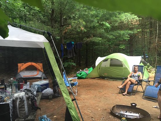 Whispering Pines Campsites: Nice Large site, big enough for multiple tents