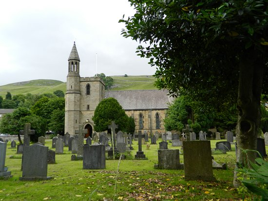 Settle: Holy Ascension : Church Street, Settle, North Yorkshire, BD24 9JA
