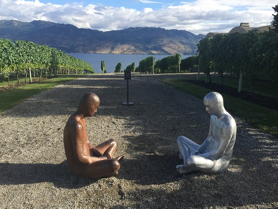 West Kelowna, Canada: Fabulous site that includes several expressions of artistic nature