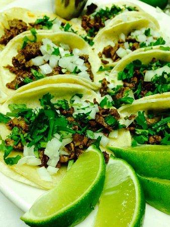 Trona, Kaliforniya: Carne asada tacos
