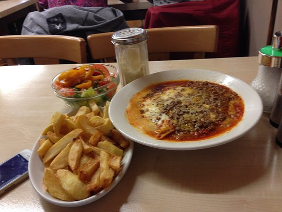 Photo of Italian Restaurant E Pellicci at 332 Bethnal Green Road, London E2 0AG, United Kingdom