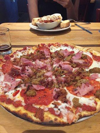 Kannah Creek Brewing Company: Pizza and ziti