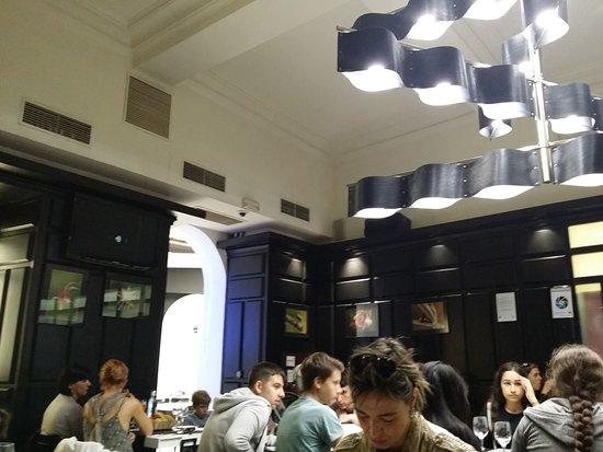 Restaurante boulevard 9 en san sebasti n con cocina otras - Cocinas san sebastian ...