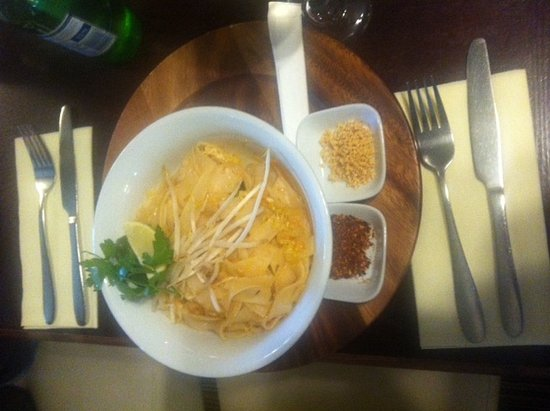 St. Pierre du Bois, UK: Longfrie Pad Thai