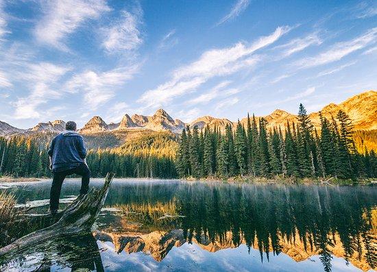 Island Lake Lodge: Sunrise