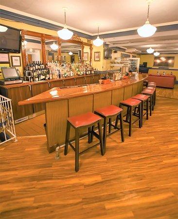 Frankfort, MI: Enjoy a Cocktail in the Bar