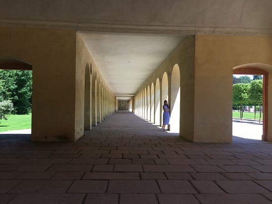 Schloss Favorite : photo7.jpg