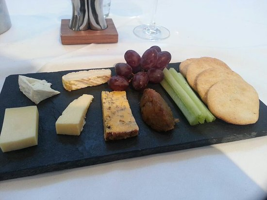 Worfield, UK: Regional cheeses.