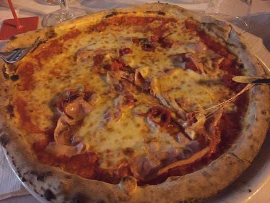 Pontinia, Italië: Pizza Homer....