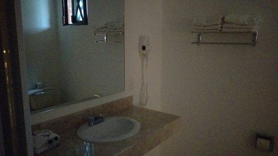 Castillo Santa Cecilia Hotel: IMAG9186_large.jpg