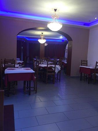 Viry-Chatillon, Francja: TAJ Restaurant