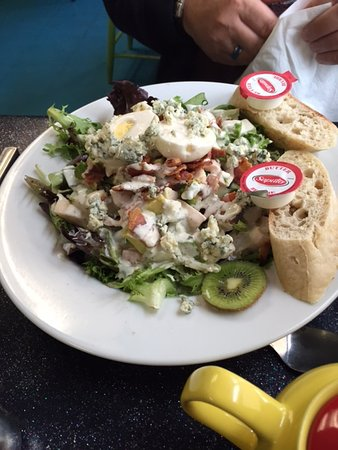 Chester, Kanada: Cobb Salad, very good!