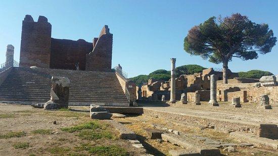 Ostia Antica, Italia: 20160720_174210_large.jpg