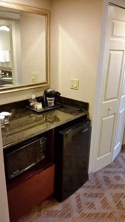 Plymouth Meeting, PA: Room - Microwave, Mini-Fridge