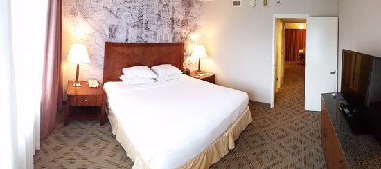 Plymouth Meeting, PA: Room - King Bed