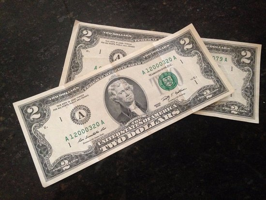 Brooksville, Floryda: $2 Bills I received as change! Pretty cool!