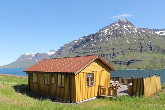 Langahlid Cottages: your cottage