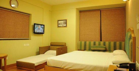 Hotel Sudesh Tower Photo